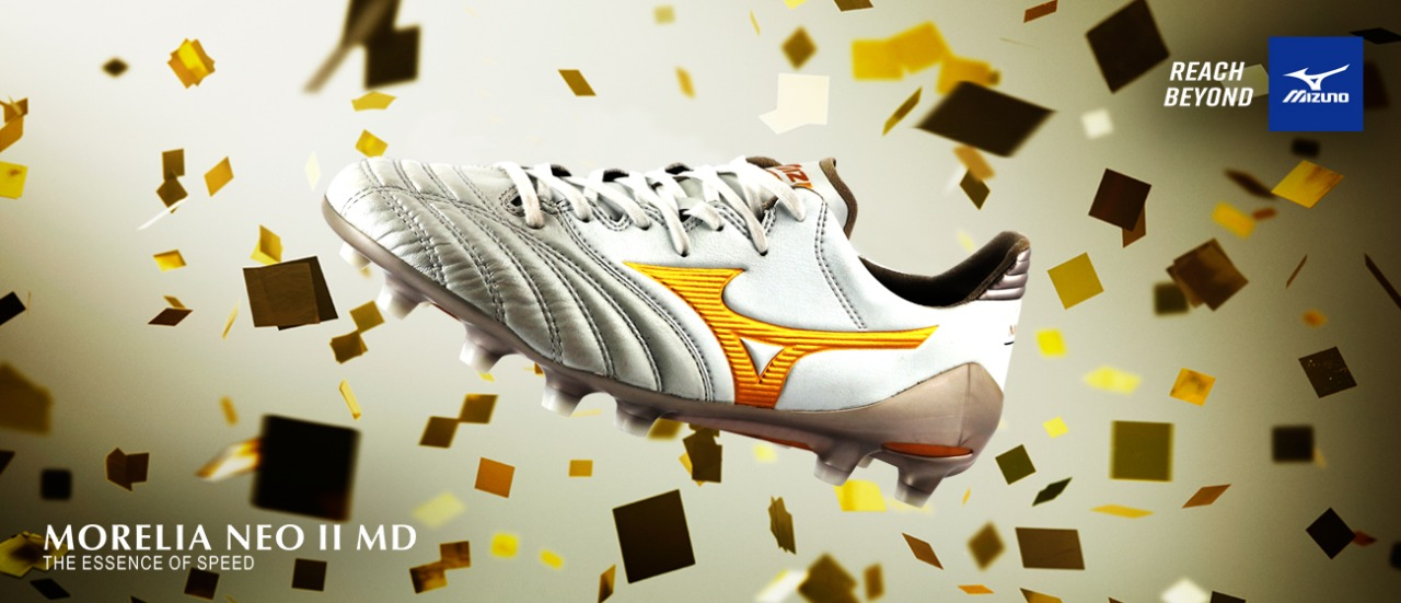 NEW  MORELIA NEO II MD - WHITE/GOLD/